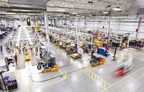 AGVs at manufacturing